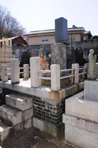 12八王子市長沼法蔵寺工場長の墓